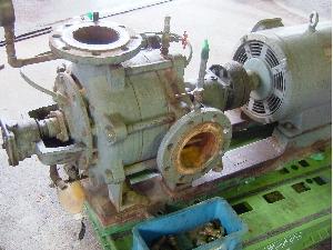 修理前のポンプ